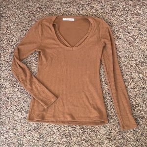 Long sleeve v-neck ribbed top size XS